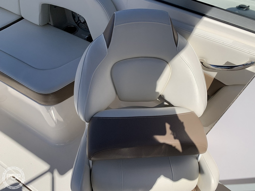 2015 Chaparral boat for sale, model of the boat is 225 SSI & Image # 39 of 40