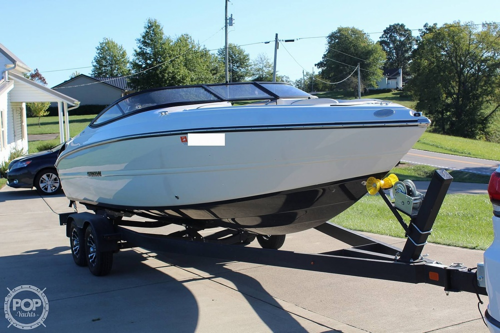 2021 Stingray boat for sale, model of the boat is 225 SE & Image # 3 of 40