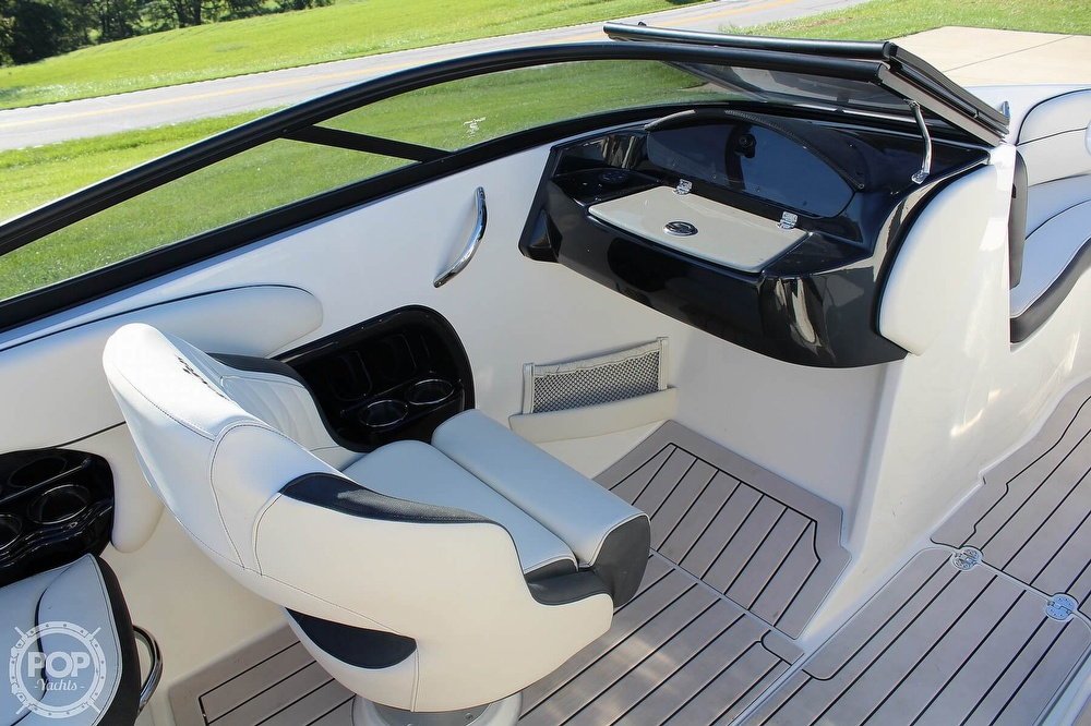 2021 Stingray boat for sale, model of the boat is 225 SE & Image # 31 of 40