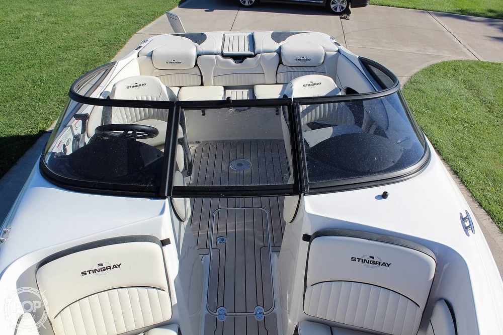 2021 Stingray boat for sale, model of the boat is 225 SE & Image # 40 of 40