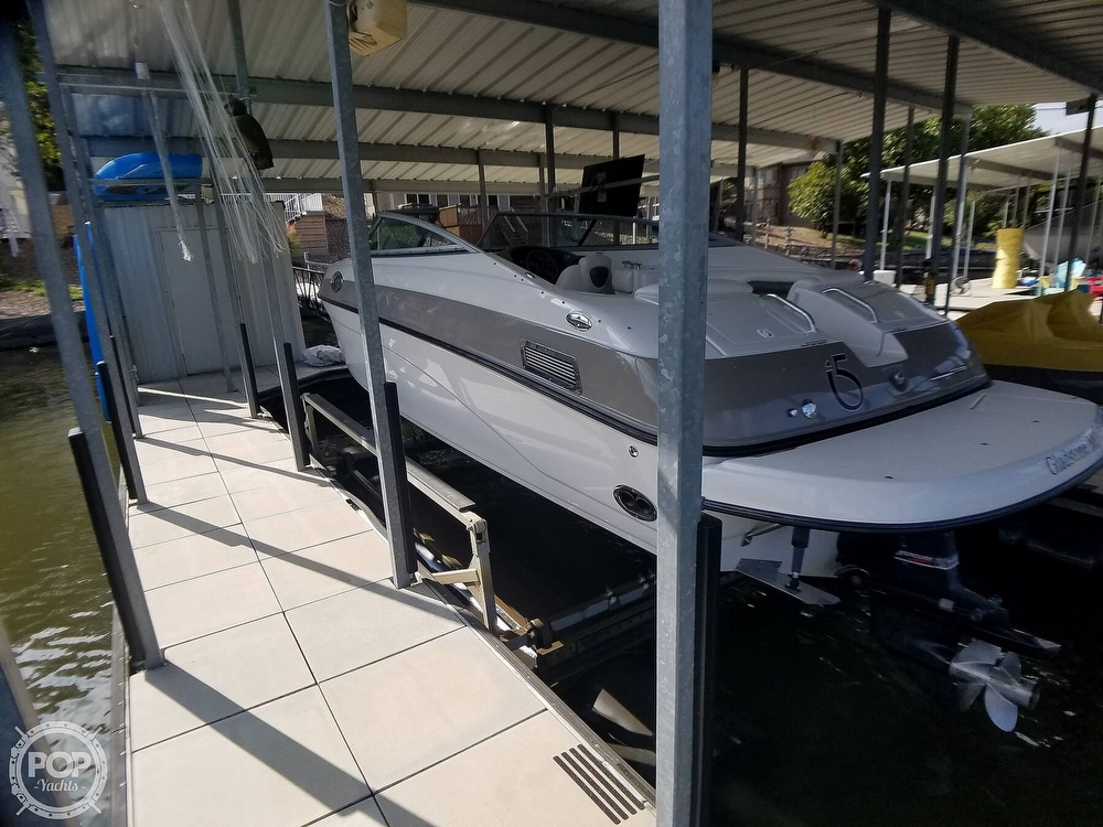 2004 Crownline boat for sale, model of the boat is 270 BR & Image # 6 of 40