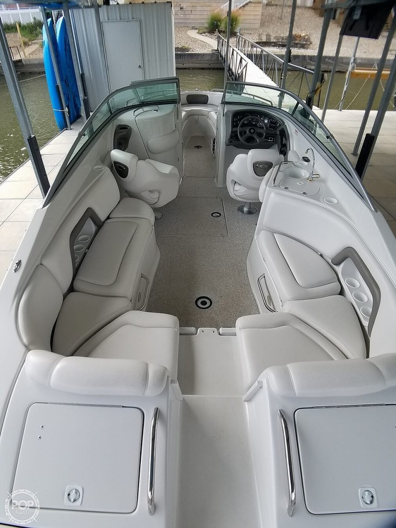 2004 Crownline boat for sale, model of the boat is 270 BR & Image # 11 of 40