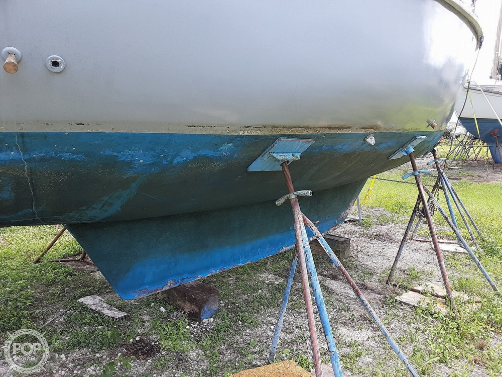 1981 Allmand boat for sale, model of the boat is 31 & Image # 4 of 40