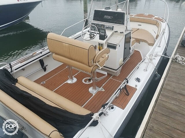 1995 Boston Whaler boat for sale, model of the boat is 210 Outrage & Image # 7 of 8