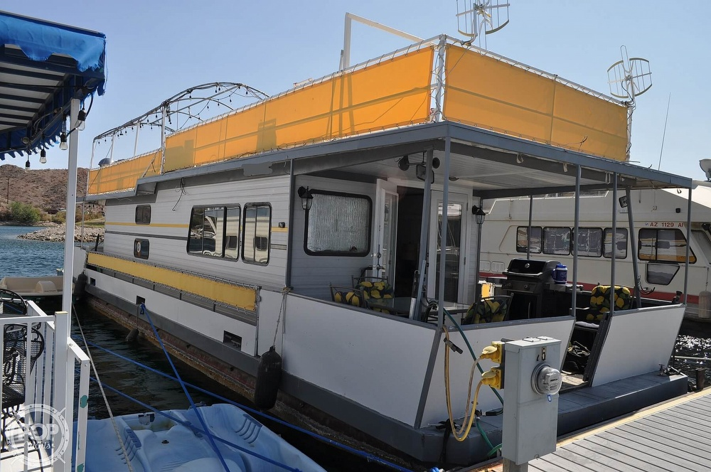 1976 Harris boat for sale, model of the boat is 46' Steel Pontoon Houseboat & Image # 3 of 40