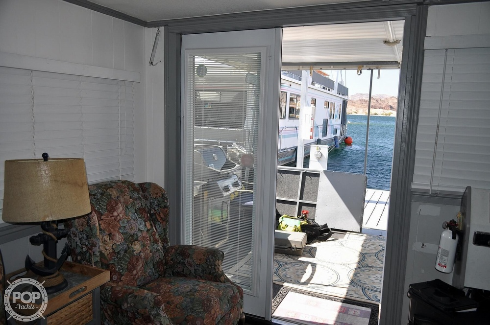 1976 Harris boat for sale, model of the boat is 46' Steel Pontoon Houseboat & Image # 32 of 40