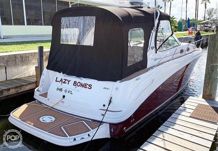 2007 Sea Ray boat for sale, model of the boat is 300 Sundancer & Image # 3 of 38