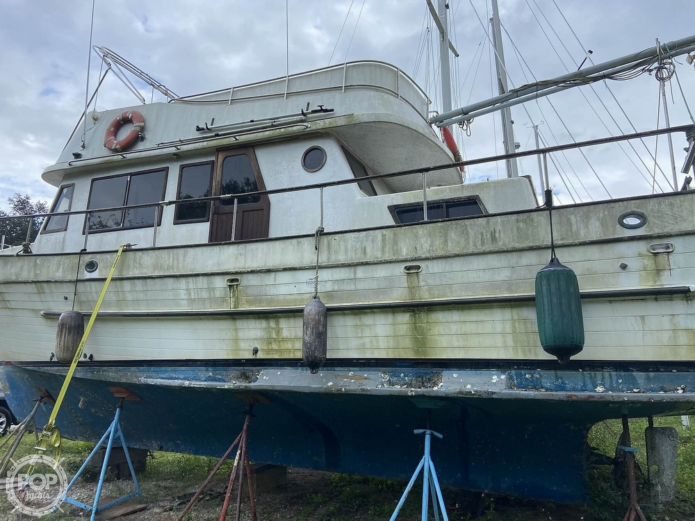 1981 CYM boat for sale, model of the boat is 36 & Image # 12 of 40