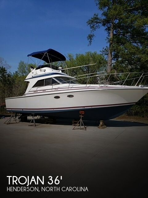 1986 Trojan boat for sale, model of the boat is International 10 Meter & Image # 1 of 40
