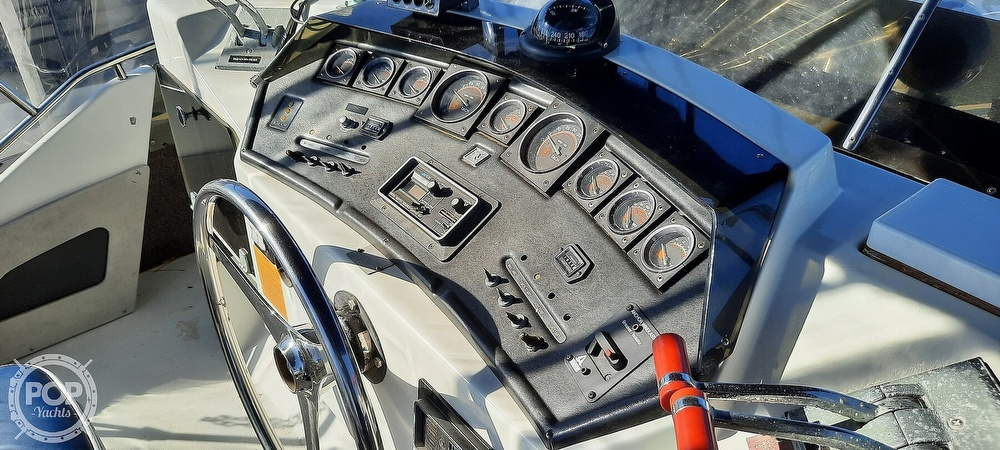 1986 Trojan boat for sale, model of the boat is International 10 Meter & Image # 18 of 40