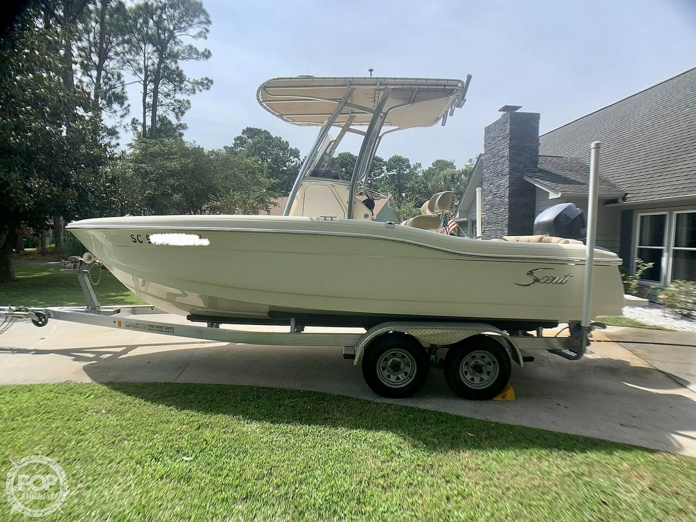 2015 Scout boat for sale, model of the boat is 210XSF & Image # 3 of 40