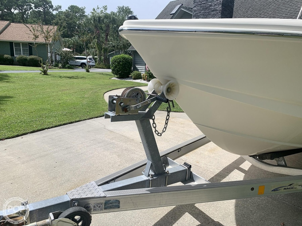 2015 Scout boat for sale, model of the boat is 210XSF & Image # 25 of 40