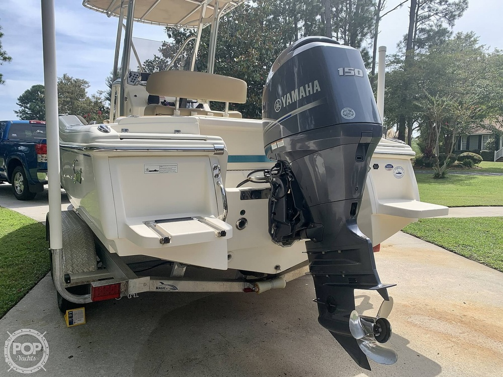 2015 Scout boat for sale, model of the boat is 210XSF & Image # 7 of 40