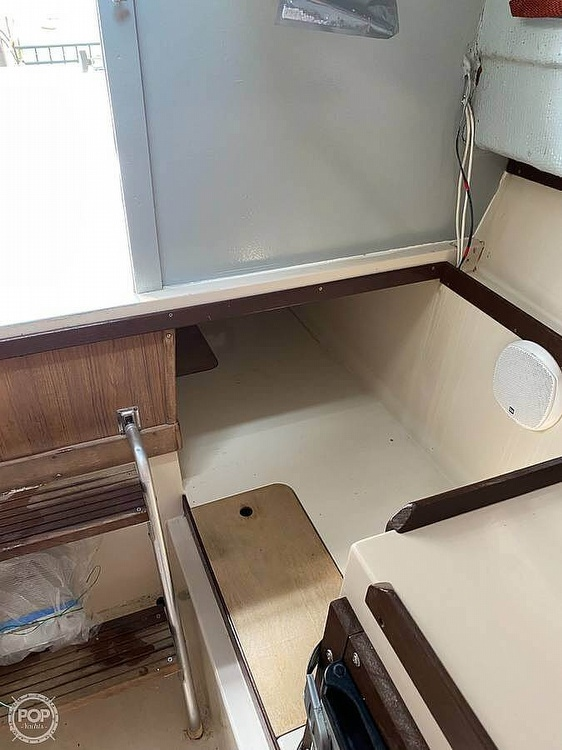 1984 Wellcraft boat for sale, model of the boat is 248 & Image # 21 of 25