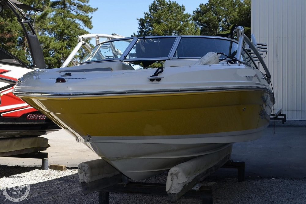 2008 Sea Ray boat for sale, model of the boat is 205 Sport & Image # 2 of 40