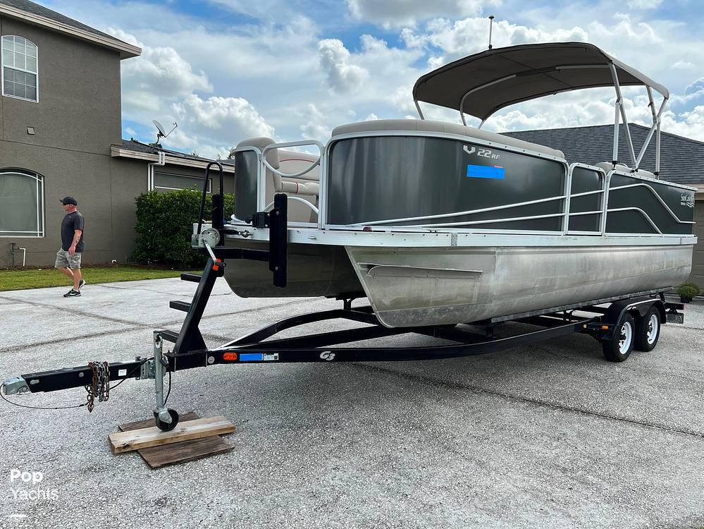2017 SunCatcher boat for sale, model of the boat is V22 RF & Image # 14 of 40
