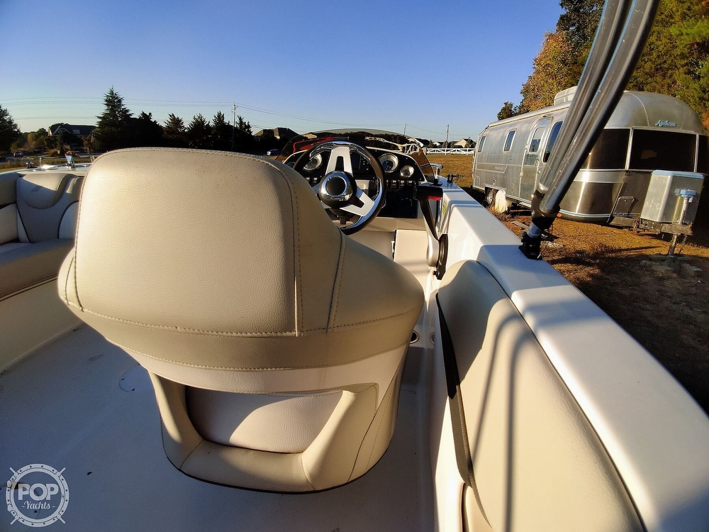 2018 Starcraft boat for sale, model of the boat is MDX 211 E OB & Image # 15 of 40