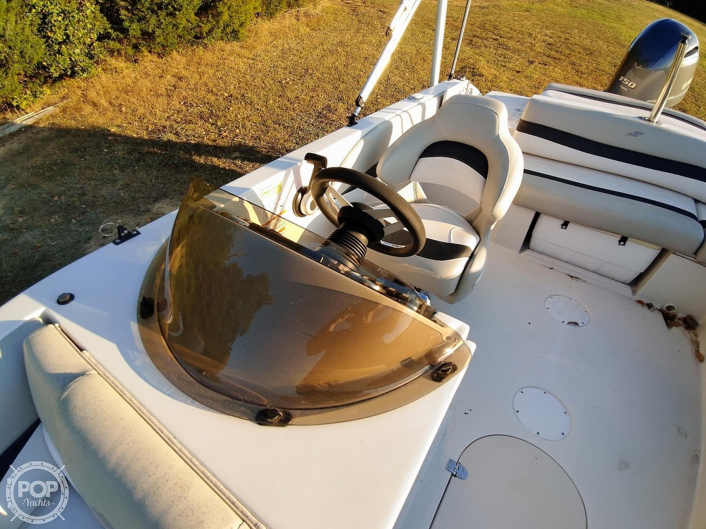 2018 Starcraft boat for sale, model of the boat is MDX 211 E OB & Image # 9 of 40