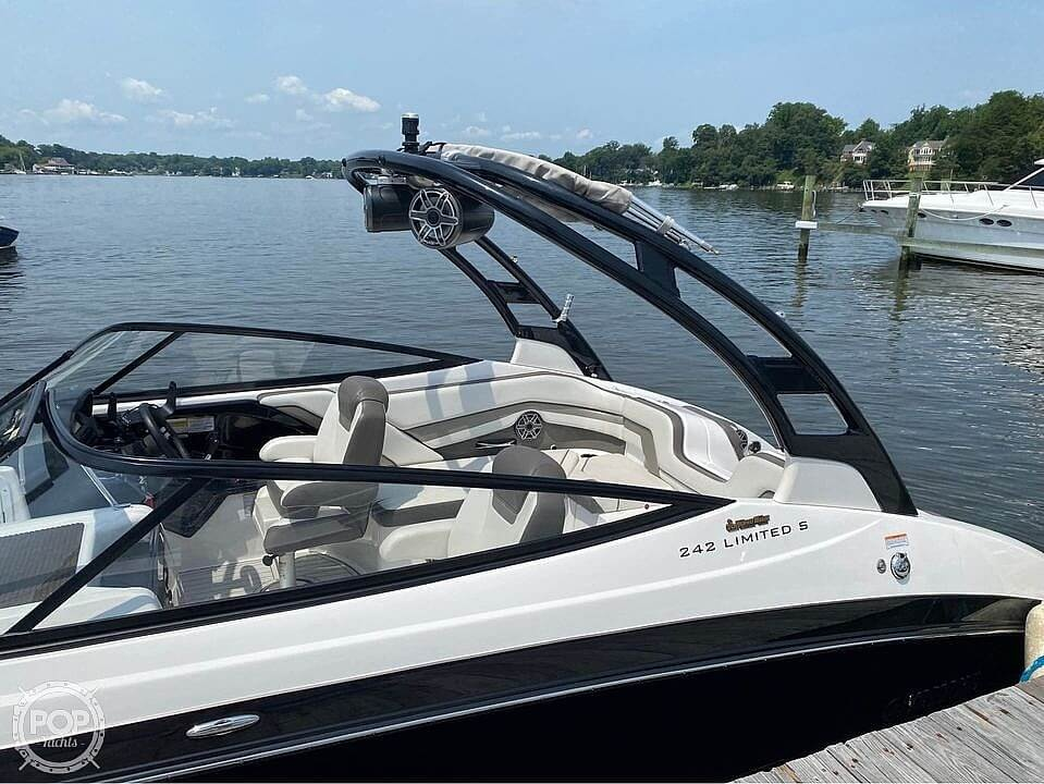 2017 Yamaha boat for sale, model of the boat is 242 Limited S & Image # 12 of 40