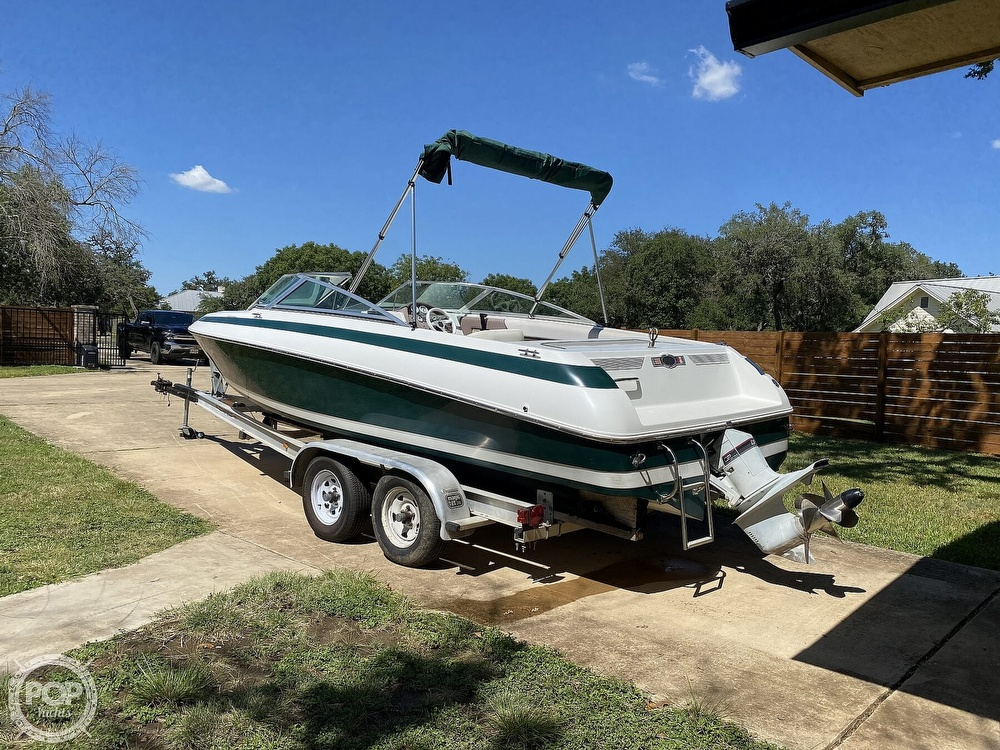 1993 Cobalt boat for sale, model of the boat is 220 & Image # 3 of 40
