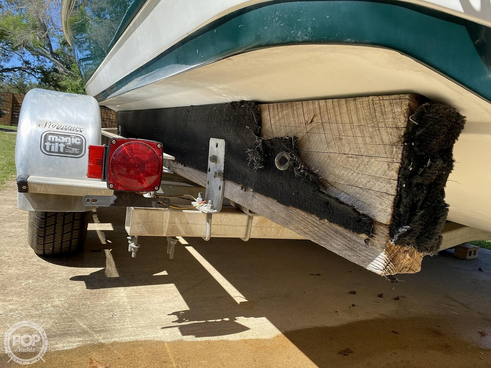 1993 Cobalt boat for sale, model of the boat is 220 & Image # 22 of 40
