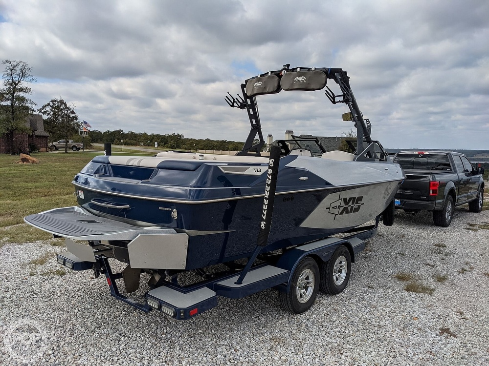 2017 Axis boat for sale, model of the boat is T23 & Image # 10 of 40