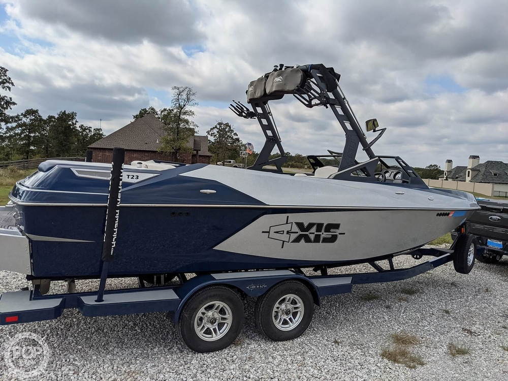 2017 Axis boat for sale, model of the boat is T23 & Image # 12 of 40