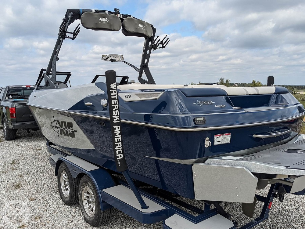 2017 Axis boat for sale, model of the boat is T23 & Image # 26 of 40