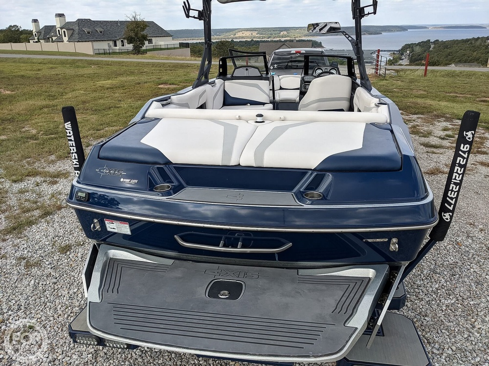 2017 Axis boat for sale, model of the boat is T23 & Image # 30 of 40