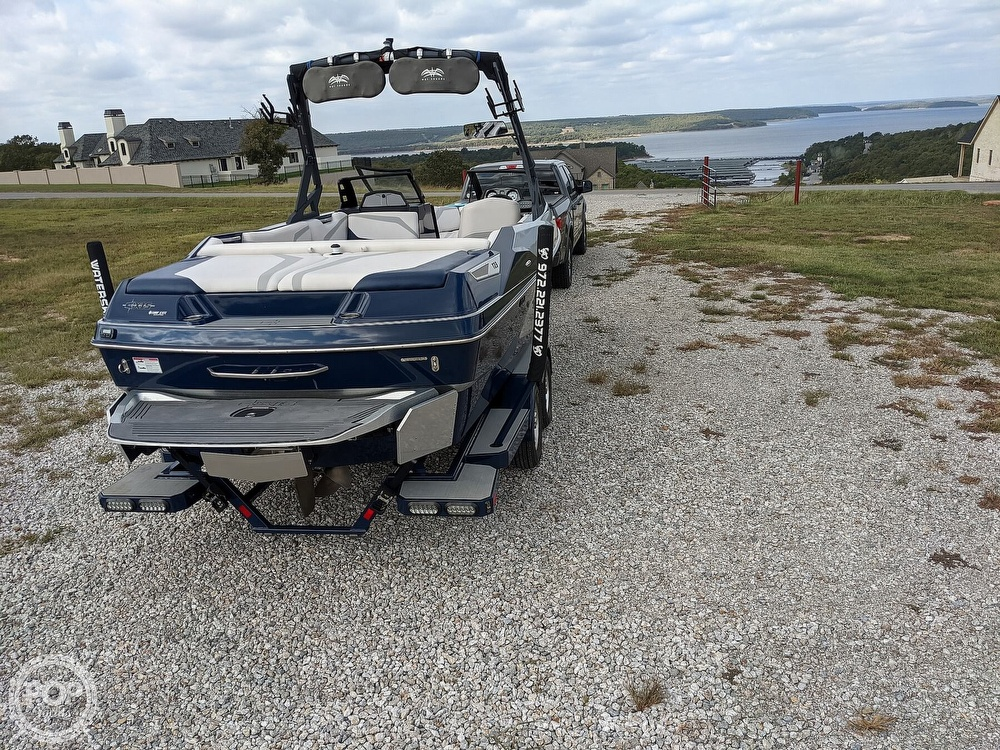 2017 Axis boat for sale, model of the boat is T23 & Image # 32 of 40