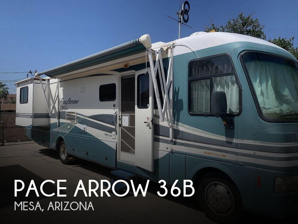 2000 Fleetwood Pace Arrow 36B