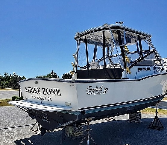 1998 Carolina Classic boat for sale, model of the boat is 28 Express & Image # 4 of 40