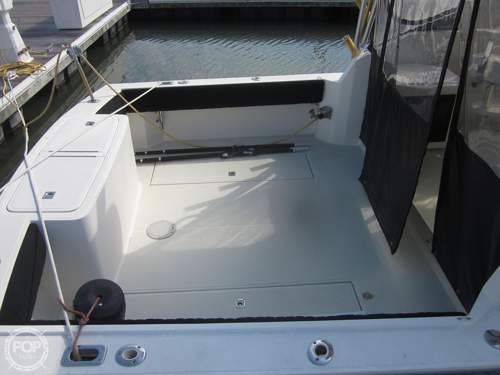 1998 Carolina Classic boat for sale, model of the boat is 28 Express & Image # 15 of 40