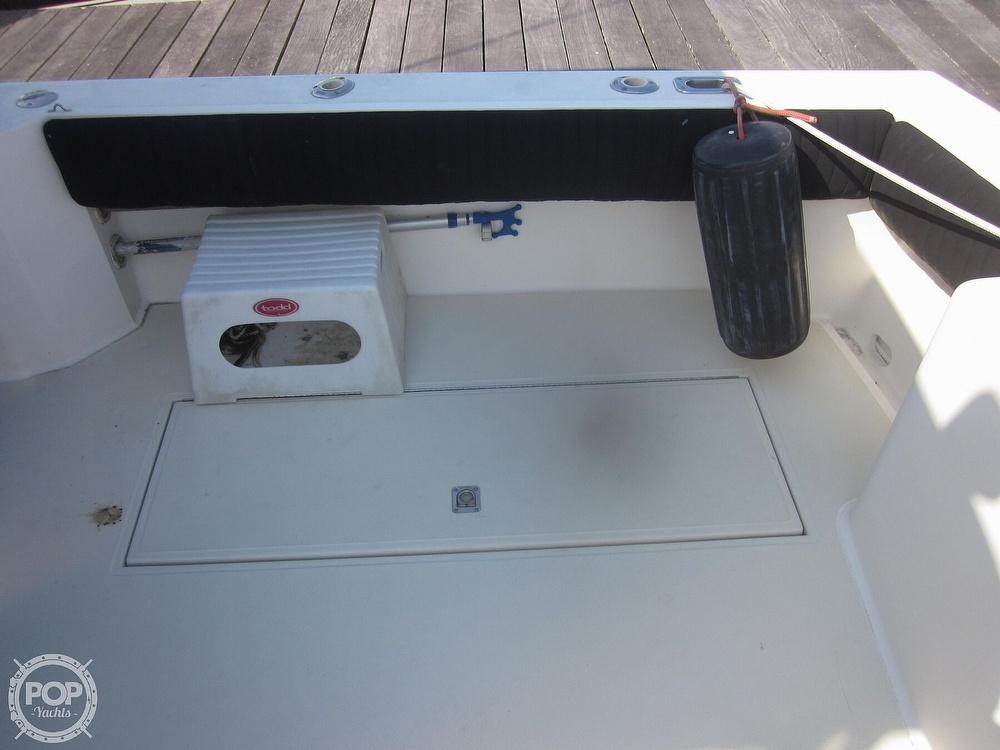 1998 Carolina Classic boat for sale, model of the boat is 28 Express & Image # 25 of 40