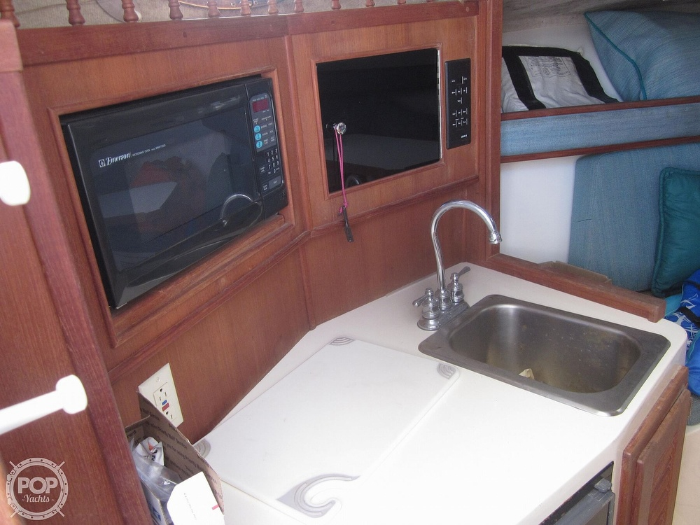 1998 Carolina Classic boat for sale, model of the boat is 28 Express & Image # 3 of 40