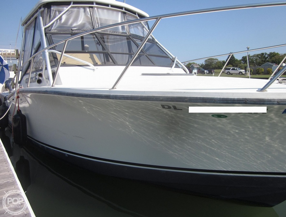 1998 Carolina Classic boat for sale, model of the boat is 28 Express & Image # 11 of 40
