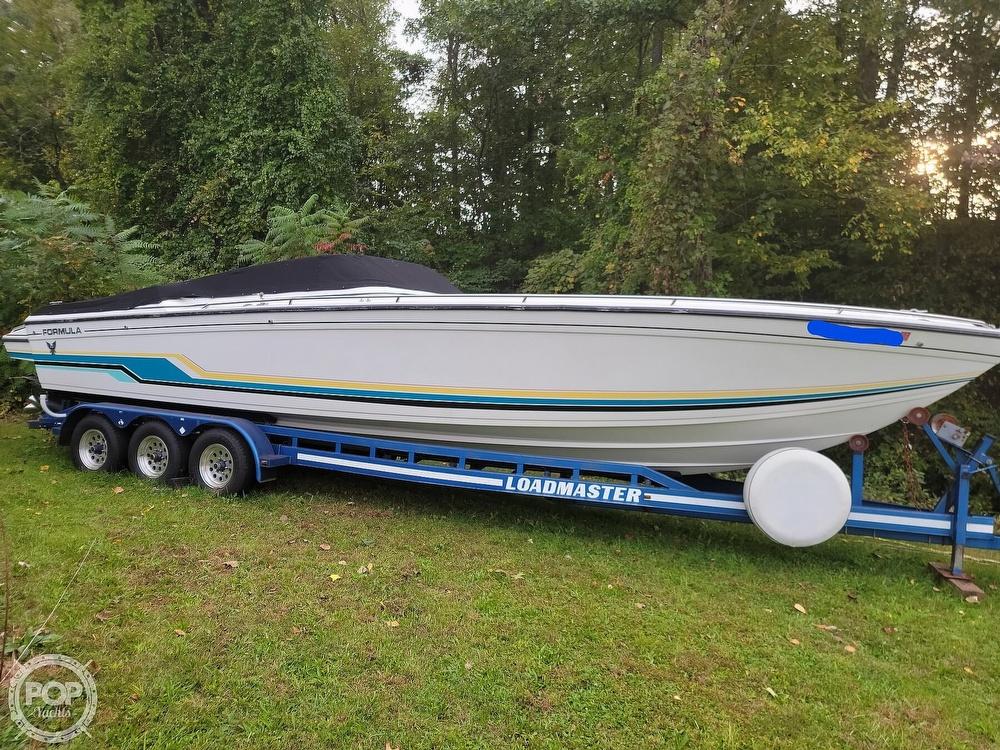 1990 Formula boat for sale, model of the boat is 311sr1 & Image # 2 of 40