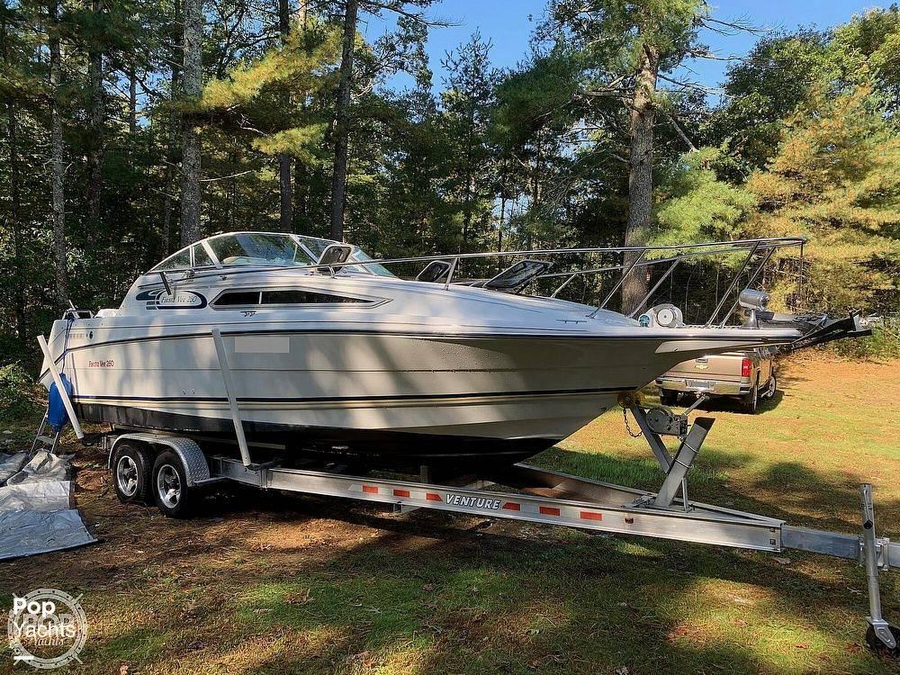 1994 Rinker boat for sale, model of the boat is 260 Fiesta Vee & Image # 2 of 40