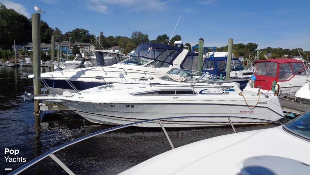 1994 Rinker boat for sale, model of the boat is 260 Fiesta Vee & Image # 21 of 40