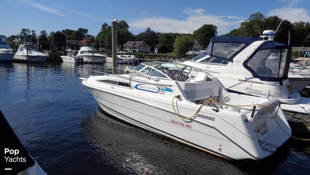 1994 Rinker boat for sale, model of the boat is 260 Fiesta Vee & Image # 22 of 40