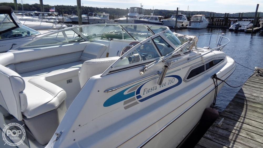 1994 Rinker boat for sale, model of the boat is 260 Fiesta Vee & Image # 25 of 40
