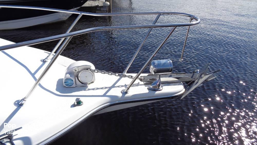 1994 Rinker boat for sale, model of the boat is 260 Fiesta Vee & Image # 27 of 40