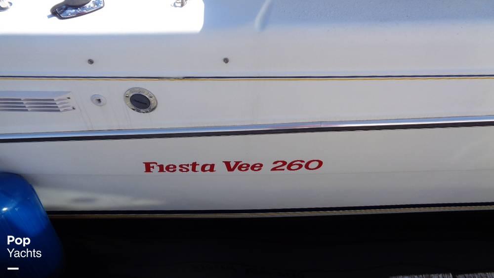 1994 Rinker boat for sale, model of the boat is 260 Fiesta Vee & Image # 33 of 40