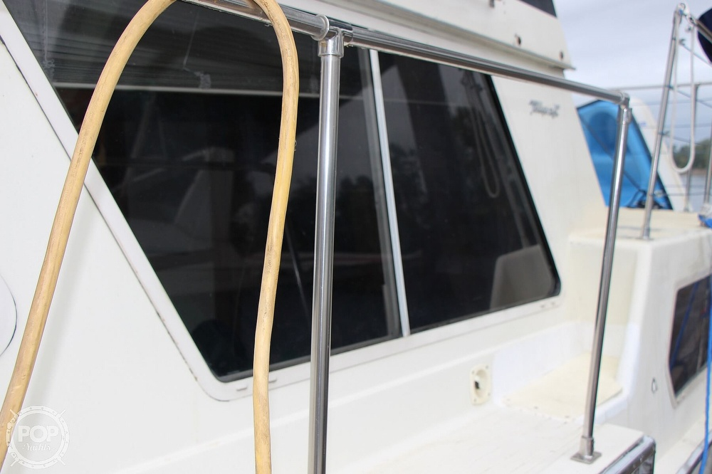 1986 Tollycraft boat for sale, model of the boat is 34 Sundeck tri cabin & Image # 11 of 40