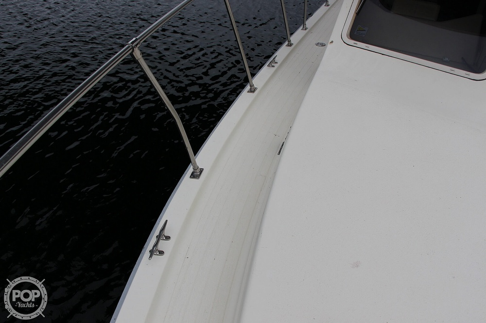 1986 Tollycraft boat for sale, model of the boat is 34 Sundeck tri cabin & Image # 19 of 40