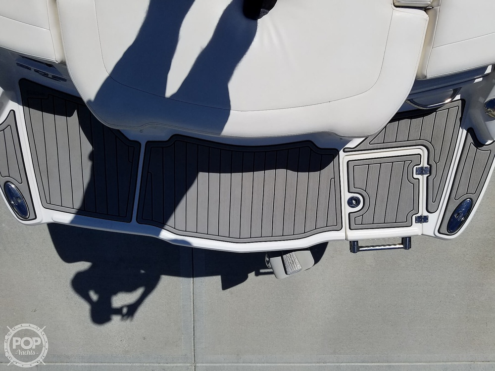 2012 Chaparral boat for sale, model of the boat is 206 SSI & Image # 13 of 40