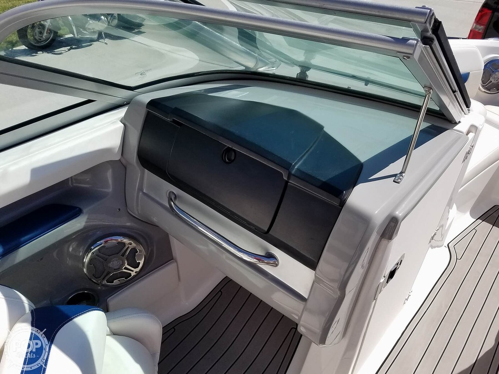 2012 Chaparral boat for sale, model of the boat is 206 SSI & Image # 26 of 40