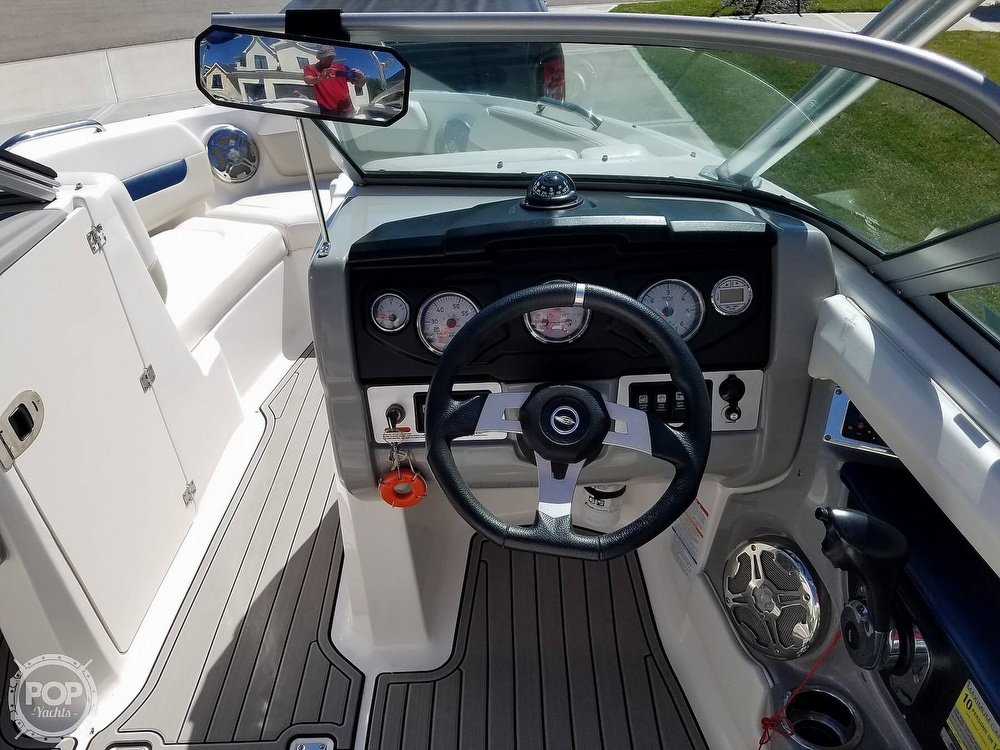 2012 Chaparral boat for sale, model of the boat is 206 SSI & Image # 29 of 40