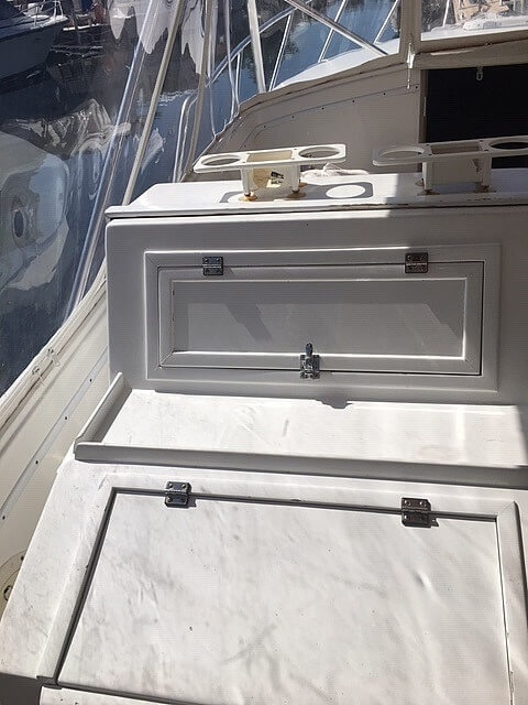 1989 Gulfstream Boats boat for sale, model of the boat is 31 Tournament Express & Image # 19 of 40