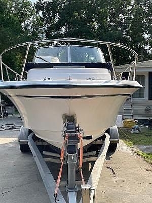 1998 Grady-White boat for sale, model of the boat is 228 Seafarer & Image # 2 of 6